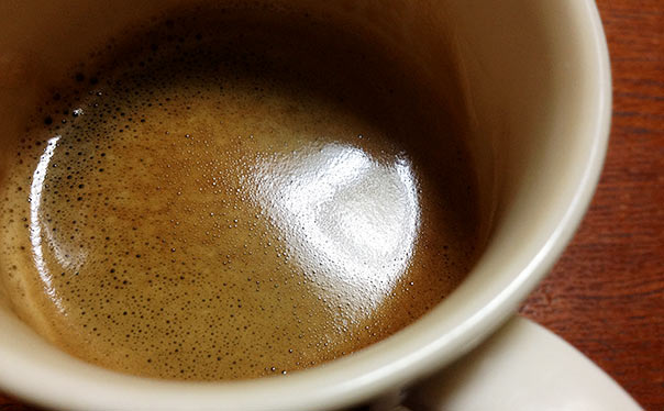 バリスタで淹れたブラックコーヒー