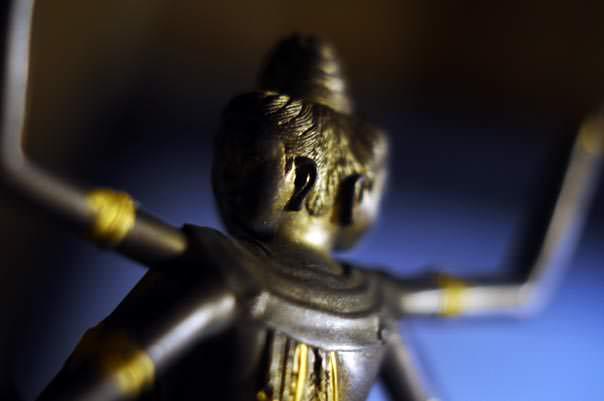 阿修羅像背面