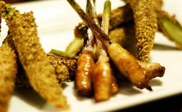 豚巻き谷中生姜とゴマ巻きアスパラ